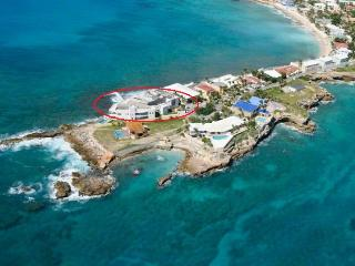 THE YACHT at Ocean Edge... gorgeous modern condo in great location with stunning sunset views!!, St-Martin/St Maarten