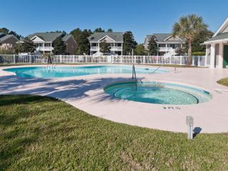 Family Friendly-Wi-Fi-W/D-Pools-5 min. to Beach, Pawleys Island