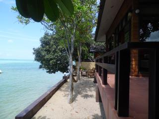 Villa front de mer, Ang Thong