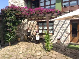 Casa Rural en Andrin - Singular alojamiento turistico en ubicación espectacular, Andrín