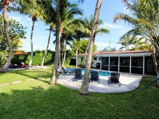 Jan 3-31$3500/wk,Feb 8-21$4000/wk, Waterfront, Miami Beach