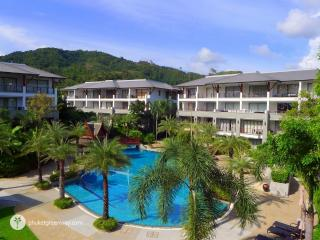 Splendid 2-bedroom apartment by Naithon beach