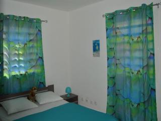 Chambre avec le thème de la mer