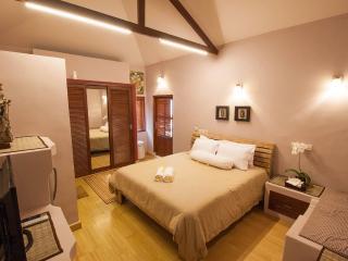 Java Room @ Seminyak Oasis