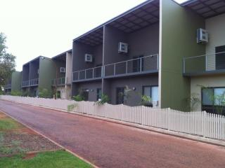 Self contained modern spacious apartments, Broome