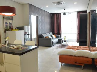 3 Bedrooms luxury Apartment at KLCC