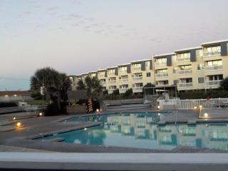 A Place at the Beach Resort. Lots of amenities!, Atlantic Beach