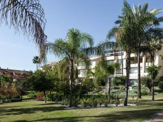 Luxury beachside penthouse bahia de marbella.