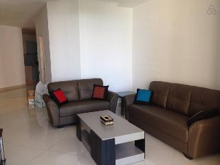Home-Suites – Gurney Seaview Apt., George Town