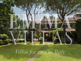 Villa Vallugola 8, Rimini