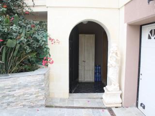 2 Bedroom Maisonette, Mellieha