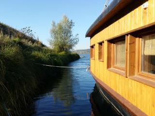 LOIRE VALLEY  La Toue Charme - Boat Cabin, Azay-le-Rideau