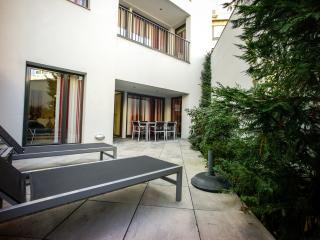 Apto con terraza privada y 2 hab, Barcelona