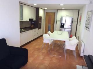 Modern Apartment in Malpica, Buño