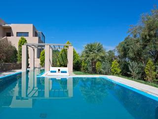 Villa Ostria 5-Stars Luxury Retreat by the Sea