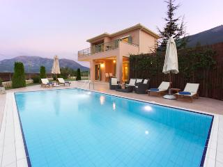 Villa Melissanthi, 2 bedroom villa near Sami