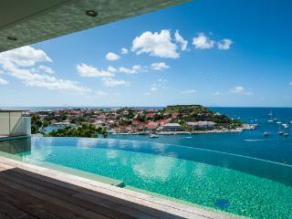 Prestigiously positioned villa perched on hillside above Gustavia WV LAM