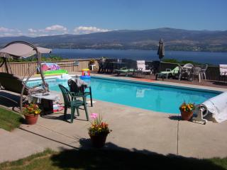 2 bedrm lock-off; Walkout Priv Pool; Pano Lakeview, Kelowna