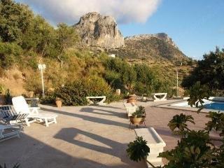 Holiday home in El Gastor 1008