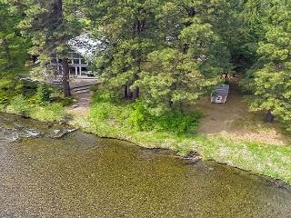 The River House on the Yakima River!  Walk to Golf! 2BR+Loft | 3BA, Cle Elum