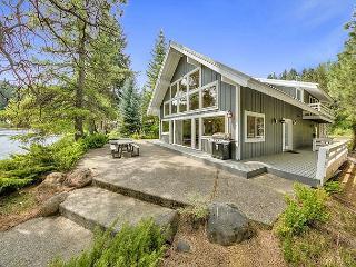 The River House on the Yakima River!  Walk to Golf! 2BR+Loft | 3BA, Cle Elum