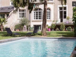 Maison exceptionnelle Tours centre avec piscine