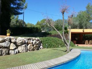 Casa de Campo con piscina privada, Canyelles