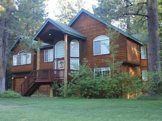 Tahoe Pine Woods Home - near ski, lake, w/hot tub - ID