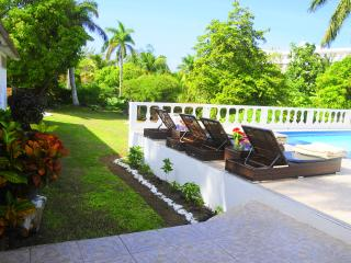 Studio Apartment, Ocho Rios