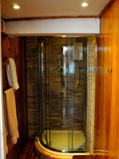 Swiss shower cabin with the latest fittings and fixtures