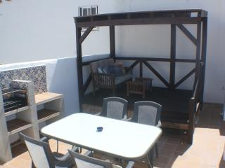 Lovely townhouse in old center of Conil with WIFI, Conil de la Frontera