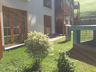 Luxury 2 bed apartment, Pool & Gym Mountain resort, Rauris