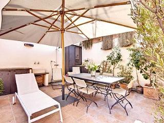 2 bedroom Apartment in Rome, Latium, Italy : ref 5229000