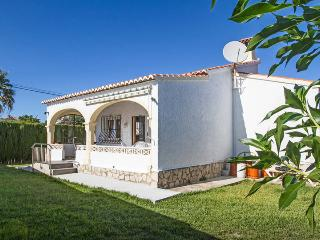 LOVELY VILLA IN BEAUTIFUL AREA CLOSE TO THE BEACH, Els Poblets