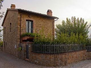 3 bedroom Villa in Vinci, Tuscany, Italy : ref 5229293