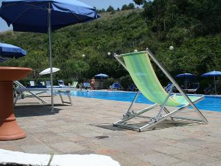 Agropoli Villa Sleeps 4 with Pool and Air Con - 5229353