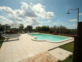 2 bedroom Villa in Martina Franca, Apulia, Italy : ref 5229372