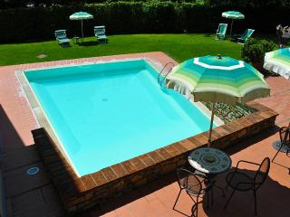 Greve in Chianti Villa Sleeps 4 with Pool and WiFi - 5395792