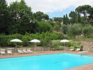 Terrenzano Villa Sleeps 6 with Pool and WiFi - 5229487