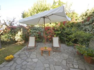 Anacapri Villa Sleeps 8 with Air Con - 5229427