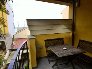 Milazzo Villa Sleeps 4 with Air Con - 5229465