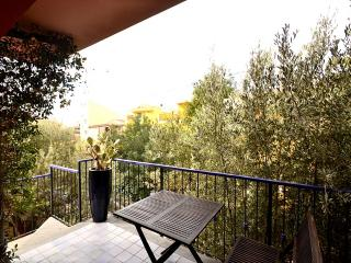 Milazzo Villa Sleeps 4 with Air Con - 5229469