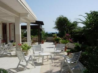 3 bedroom Villa in Cava d'Aliga, Sicily, Italy : ref 5229486