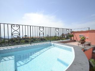 3 bedroom Villa in Sant'Agata sui Due Golfi, Campania, Italy : ref 5229491