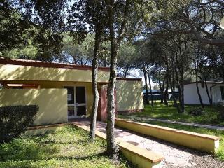 2 bedroom Villa in Baia Domizia, Campania, Italy : ref 5229496