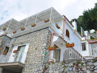 3 bedroom Villa in Arienzo, Campania, Italy : ref 5229505