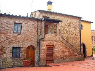 2 bedroom Villa in Montaione, Tuscany, Italy : ref 5228333