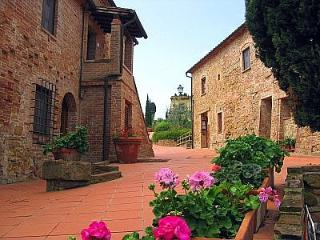 3 bedroom Villa in Montaione, Tuscany, Italy : ref 5228330