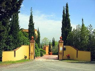 3 bedroom Villa in Montaione, Tuscany, Italy : ref 5228334