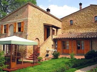 2 bedroom Villa in San Gimignano, Tuscany, Italy : ref 5228336